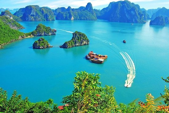 Things to see in Halong bay